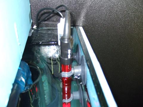 水槽のコーナーカバー内に設置