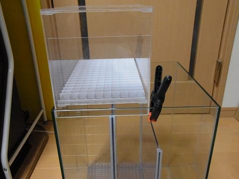 ウールボックスの位置を決めるために仮組みしました。