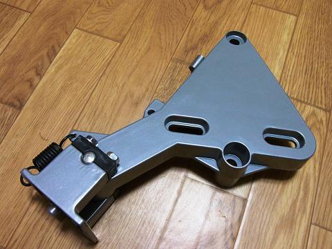ディスクグラインダー用スタンド(SK11 藤原産業社)の「稼動部セット」