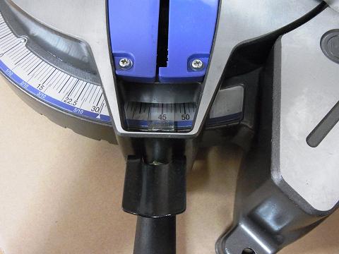 「日立工機 卓上丸のこ fc10fa 」の角度スケール用のインジゲーター